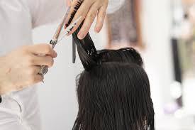 Coronavirus, come sarà la riapertura dei parrucchieri