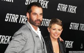 Natalie Maines' Marriage to Adrian Pasdar Officially Dissolved