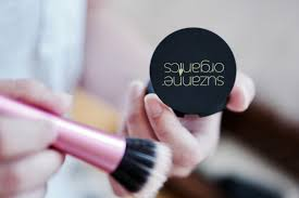 makeup look with suzanne somers