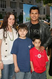 "Adam Beach - Adam Beach Photos - New York Premiere Of ""Shrek The ..."