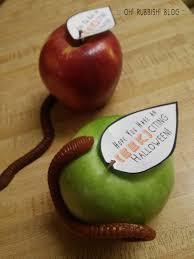 easy teacher gifts apple
