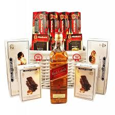 red label whiskey gift basket