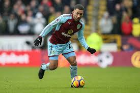 Aaron Lennon is settling into life at Burnley quickly - but won't celebrate  if he scores on Saturday | Lancashire Telegraph