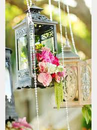 decorating with lanterns at weddings