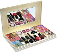 best makeup kit brands in dubai