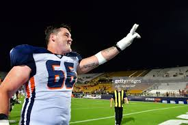 Aaron Evans of the Orlando Apollos waves after defeating the Memphis...  News Photo - Getty Images