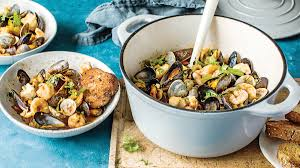 Dutch Oven Seafood Cioppino Recipe ...
