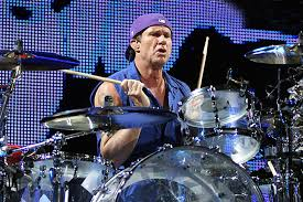 Red Hot Chili Peppers Drummer Chad Smith Apologizes For Soccer Joke in  Brazil