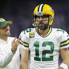 Old dogs and new tricks: How can Aaron Rodgers learn to throw over ...