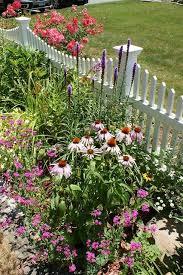 Pin By Connie Pierce Lobato On Garden Ideas Pinterest Sadovyj Domik Dizajn Sada Ograzhdeniya V Sadu