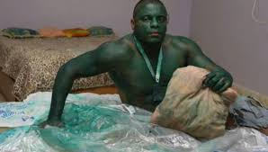 guy who cospla as the hulk couldn t
