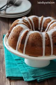 cinnamon streusel coffee bundt cake