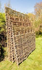 Sichtschutzelement Aus Haselnuss 120cm X 180cm Papillon 76 99 In 2020 Rustic Garden Fence Diy Garden Fence Privacy Screen Outdoor
