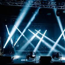 Đèn xoay trang trí phòng Karaoke - Bar Club giá rẻ, mẫu mã đẹp mắt - Thiết  Kế Đèn LED Cho Mặt Tiền Tòa Nhà