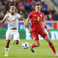 Red Bulls Re-Sign Aaron Long - Once A Metro