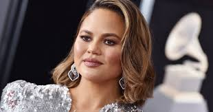 Chrissy Teigen Loses Baby After ...