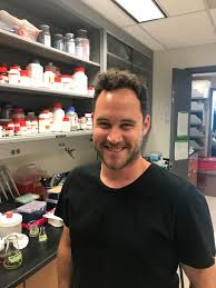 Adrian Thompson, Post Doc | The Aizenman Lab