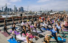 15 places to get your outdoor yoga fix