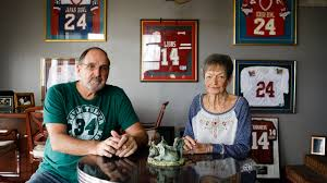 Kevin Turner's Parents Still Watch Football. But Differently. - The New  York Times