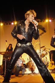 Tenues de scène de Johnny Hallyday — Tournée 81