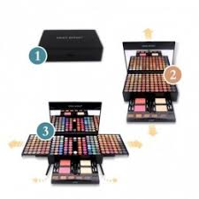set eyeshadow palette blush powder