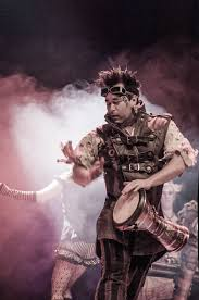 Captain Robert from Abney Park.   Beauty and the geek, Steampunk  tendencies, Steampunk fashion