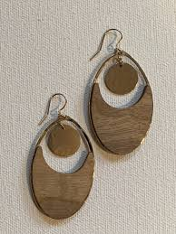Oval Gong Earring - Myrtle Wood and 14k Gold Fill – Sfingiday