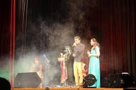 "What a mesmerizing ""Fir Le Aya Dil"" event set by Hrishikesh Ranade, Prajakta  Joshi, Nihira Joshi   Sanskar"