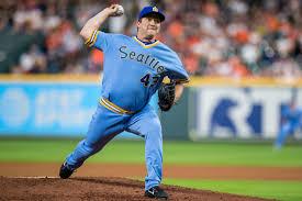 Padres Sign Veteran Reliever Adam Warren to a 1-year, $2.5 Million ...