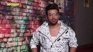 paras chhabra how stupid is akanksha