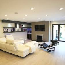 modern living room design with venetian