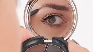 7 langkah aplikasikan make up natural