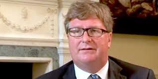 Hedge fund titan Crispin Odey bets on pound, says Brexit won't happen -  Business Insider