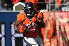 Knowshon Moreno injury: Broncos RB leaves AFC Championship Game after  hurting chest - SBNation.com