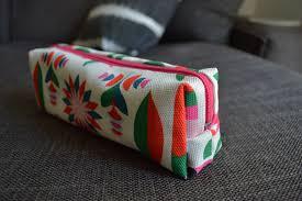 how to make fabric makeup bags