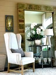 living room 5 tips hanging wall