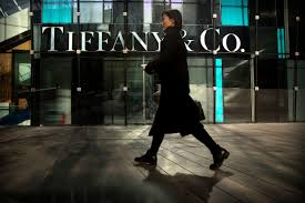 is lvmh hunting for deals tiffany