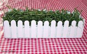 Farm Birthday Party Popsicle Stick Picket Fence Decorations Fun And Functional Blog Farm Themed Birthday Party Farm Birthday Farm Party Decorations