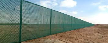 Universal Fencing Contracting Universal Fence Chain Link Welded Mesh Hoarding Corrugated Sheet Strained Wire Camel Gabion Box Gabion Mattresses Wire Rope Concertina Barbed Wire Gate Tennis Court Short Winder Pvc Cap Brace Band Tension Band