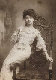15 of the most beautiful women of 1900s