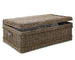 vintage look with a rattan coffee table