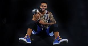 Adam Hanga officially signs with Barcelona until 2022 | Eurohoops