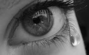 صور عيون حزينه دموع وحزن فى العيون قصة شوق
