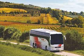 is a globus group tour on a coach the