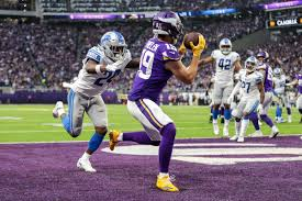 Adam Thielen's agent cautiously optimistic Vikings will give ...