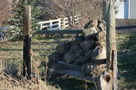 Corner Rock Crib And Gate Finished Stewart Creek Somethings
