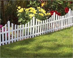 4 Mini White Garden Picket Fence Panels Wood Effect In 2020 Plastic Garden Fencing Lawn Edging Garden Fencing