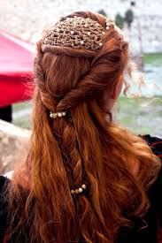 Pin by Addie Fowler on Beauty Inspiration | Renaissance hairstyles,  Medieval hairstyles, Hair styles