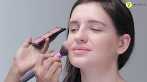 how to apply simple makeup for