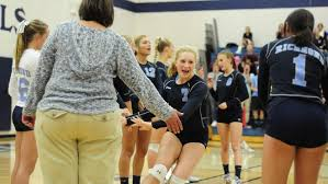 Yale volleyball sweeps Richmond